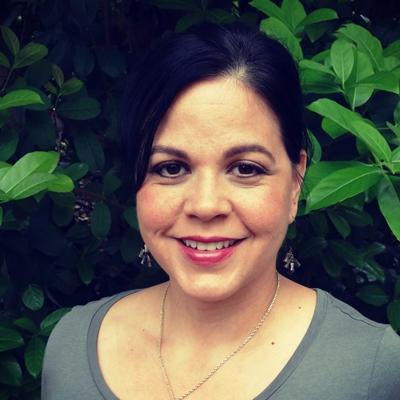 Therapist Angelica Baeza LCSW 400x400